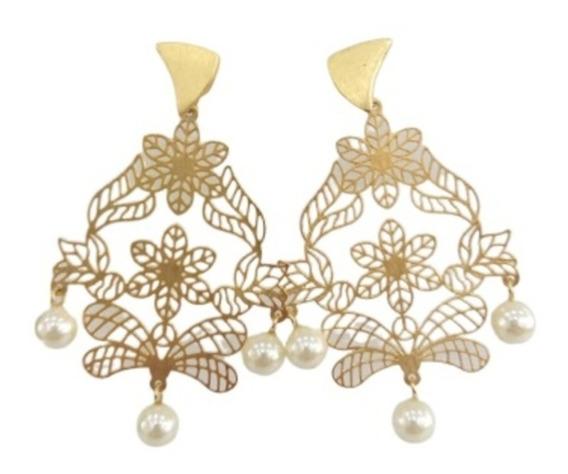 Brinco Floral Com Pérolas - Semi Jóia Dourado
