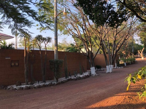 Casa En Fraccionamiento En Real De Tezoyuca / Emiliano Zapata - Sbr-87-fr