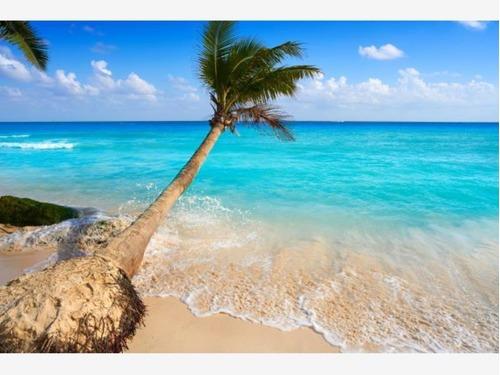 Terreno En Venta En Playa De Carmen