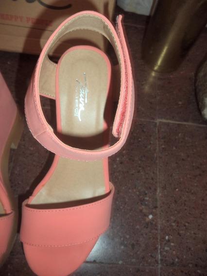 Sandalias Color Salmón Con Plataforma