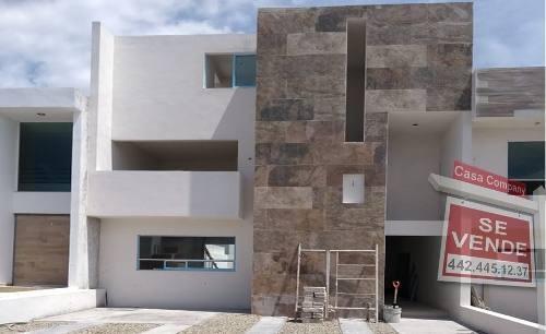 Estrena Casa En Grand Juriquilla, 3 Recamaras, Gran Jardín 100m, Terreno 195 M2