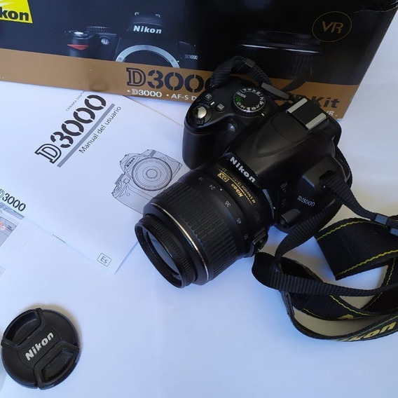 Camera Nikon D3000