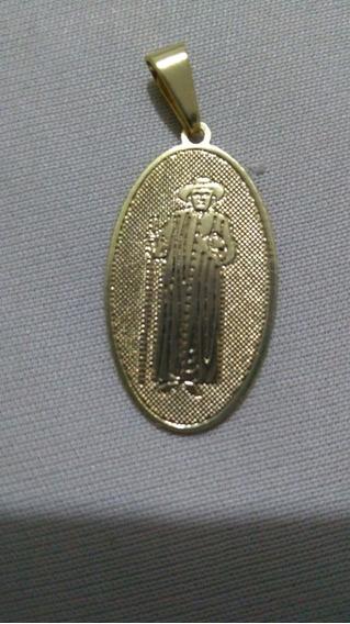 Medalha Religiosa Do Padre Cícero Romão Batista Folheada 18k