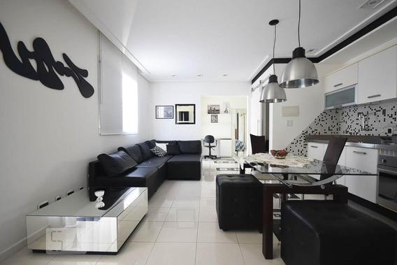 Apartamento No 5º Andar Mobiliado Com 1 Dormitório E 2 Garagens - Id: 892941496 - 241496