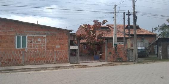 2 Casas No Terreno