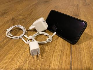 iPhone Xs Max 256gb + Brindes