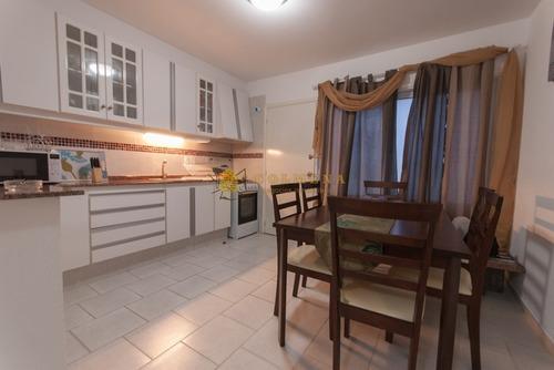 Apartamento En Brava, 1 Dormitorios *- Ref: 3352