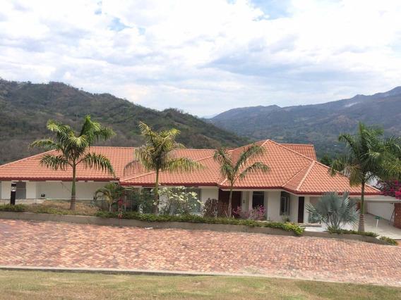 Alquilo En Villeta Casa Campestre En Condominio