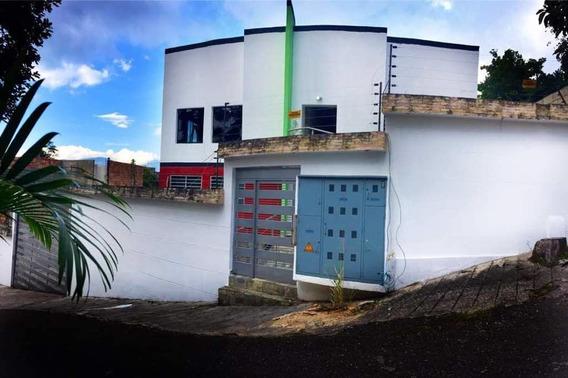 Av Principal Pueblo Nuevo