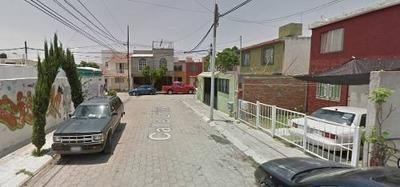 Oportunidad, Casa,insur. Qro.,en Remate Bancario:$419,612.40