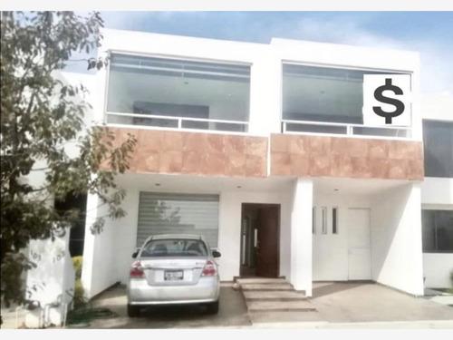 Imagen 1 de 9 de Casa Sola En Renta Sierra Nogal