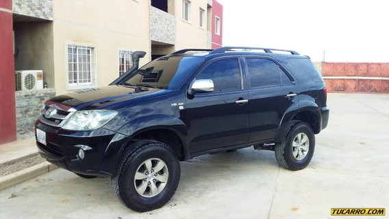 Toyota Fortuner Sincronica 4x4