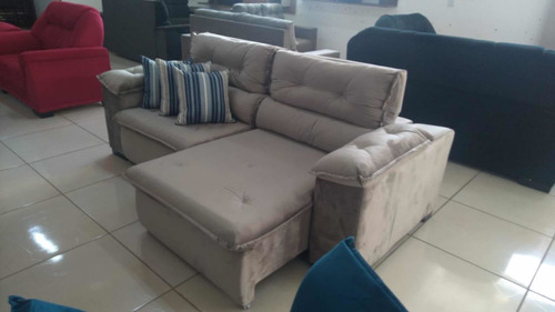 Imagem 1 de 1 de Limpeza Sofa