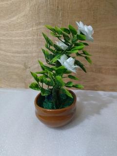 Decoración Planta Artificial Con Flores Medidas 12.5x19x8cm