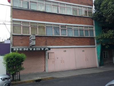 Departamento En Renta En Planta Baja, En Sector Popular