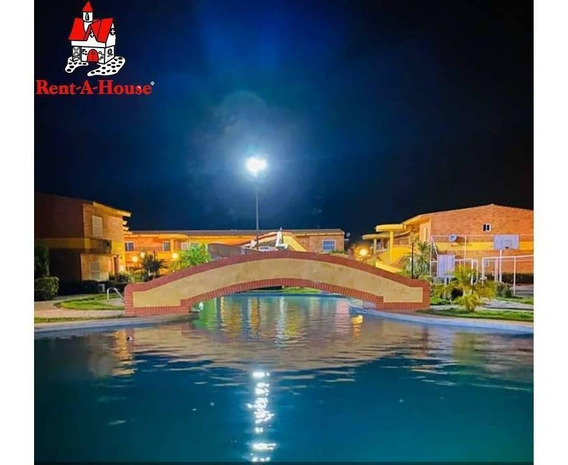Diana Salcedo Vende Town House En La Playa 20-9614