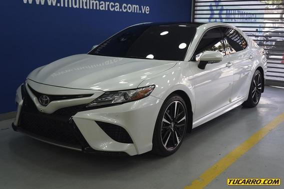 Toyota Camry Se Automatico - Multimarca