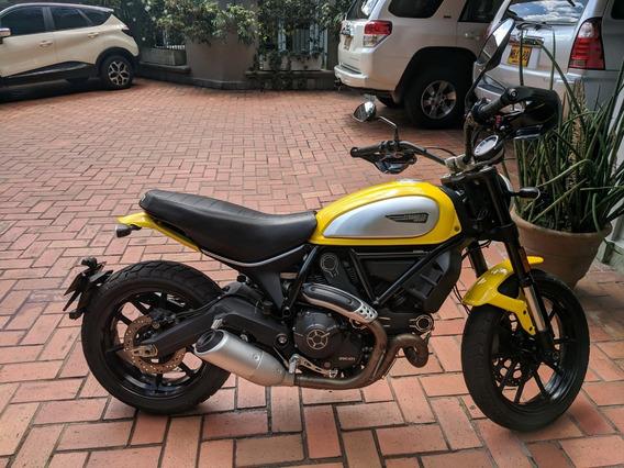 Ducati Scrambler Icon 2017 Amarilla