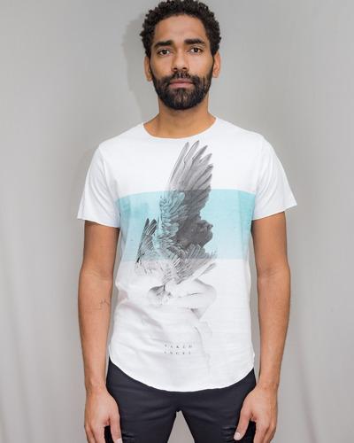 Camiseta Premium Estampada Naked Angel Corte A Fio