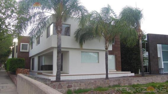 Oportunidad Casa En Renta En Fracc Residencial Villantigua Slp