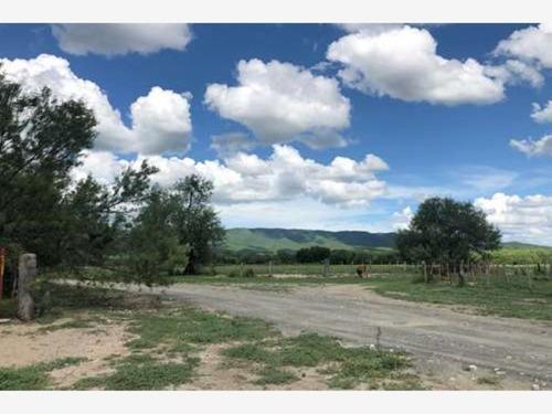 Imagen 1 de 5 de Terreno En Renta Santa Maria Pesqueria