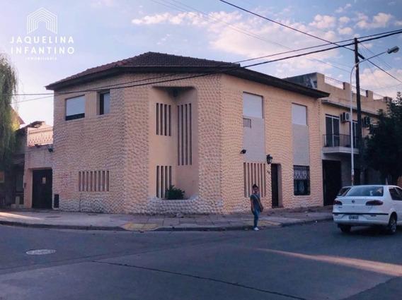 Casa 6 Ambientes - Ramos Mejia