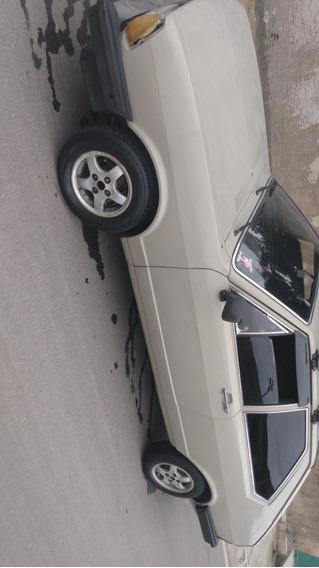 Volkswagen Passat Tres Portas