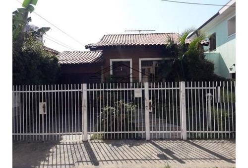Ca738-  Casa Térrea Com 3 Dorms - 1 Suíte - 6 Vagas Ótima Localização No Brás