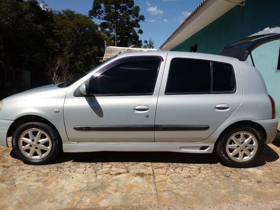 Renoult Clio Ano 2001 Motor 1.6