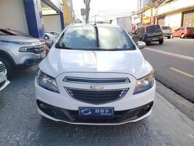Chevrolet Onix Seleção 1.0 Mpfi 8v, Fom0640