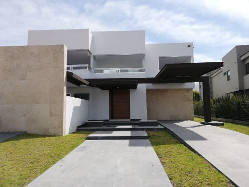 Venta Casas En El Campanario Qro.