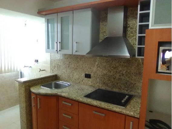 Se Vende Apartamento En La Urb. El Centro 04242648358