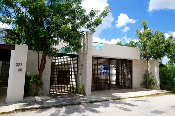 ¡oportunidad! Hermosa Casa En Venta En Cholul Merida