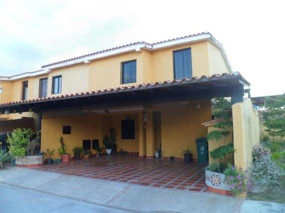 Townhouse En Venta Lostamarindos Cv 19-11488