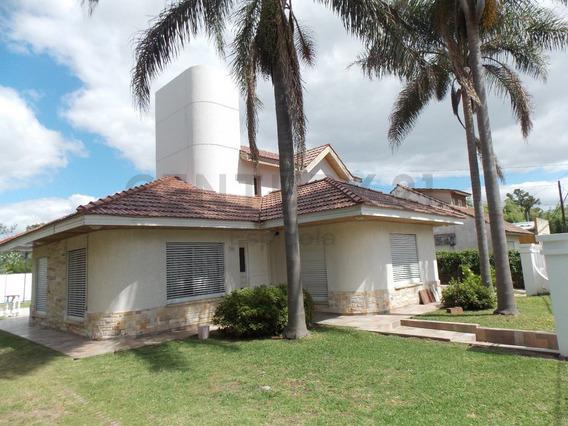 Gonnet Entre Caminos - Alquila Casa, 3 Dormitorios, Verano 2020