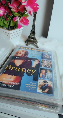 Britney Spears Pasta Com Matérias De Revistas (completa)