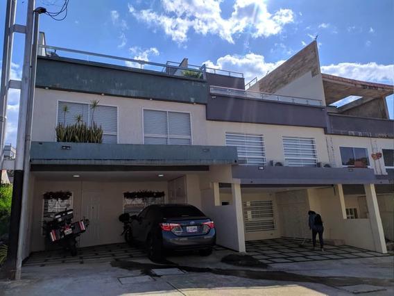 Casa En Urbanización Villa Granada