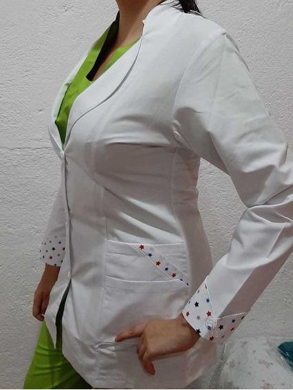 Bata Médica Marca Suky & Ditto Mod Carmen Talla 32 Stars