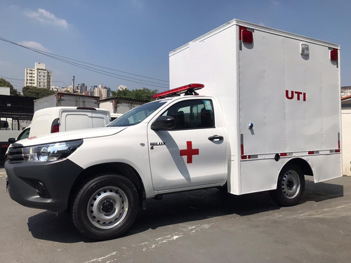 Toyota Hilux 4x4 Ambulância Baú Uti Tipo D