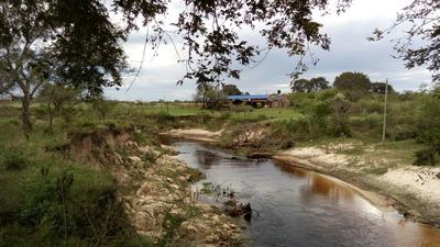 Excelente Lote Sobre Arroyo Vega En Esquina Corrientes