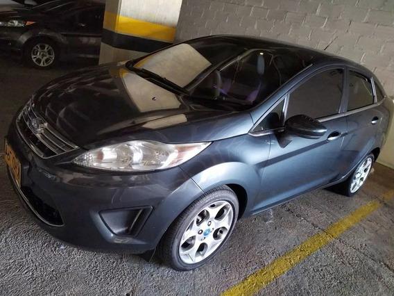 Ford Fiesta, Sedan Negro Perlado, Motor 1600 Cc -