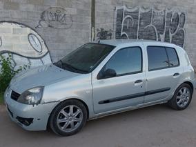 Renault Clio 1.6 Sportway Con Detalles