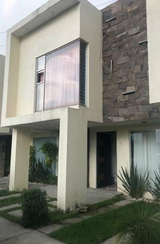 Casa En Venta San Isidro Cuautlancingo