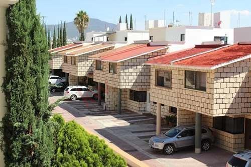 Casa Centrica En Renta Dentro De Condominio
