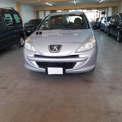 Peugeot 207 2011 1.4 Xr