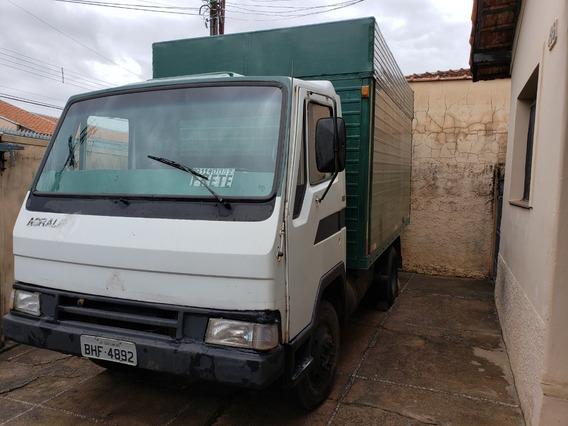 Caminhão Agrale Modelo 1600d