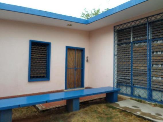 Casa En Venta Zona Oeste Barquisimeto Lara 20-3416 Rahco