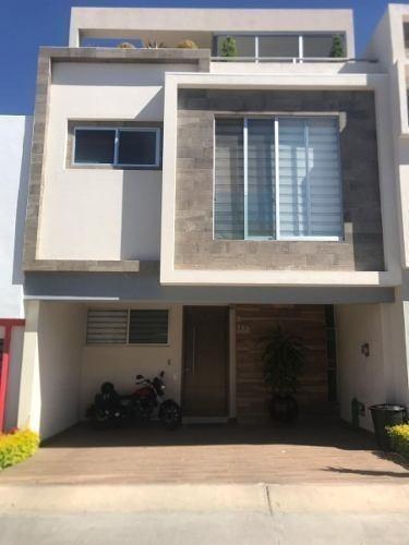 Casa Venta Alta Vista Residencial