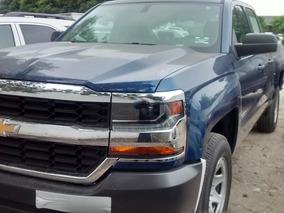 Chevrolet Silverado Cabina Extendida V8 2018
