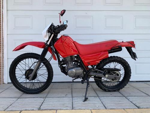 Motocicleta Honda Xlr125